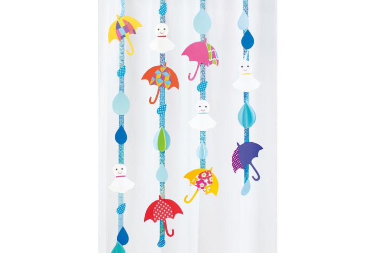雨降りの日も楽しく!「梅雨の吊るし飾り」